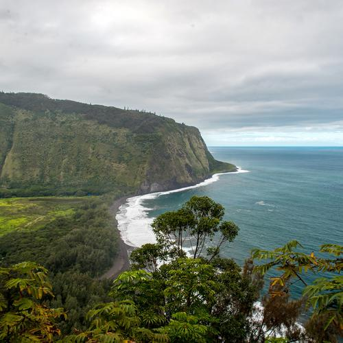 Waipio Valley Lookout