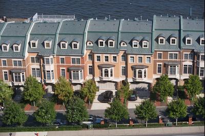 Weehawken hotels