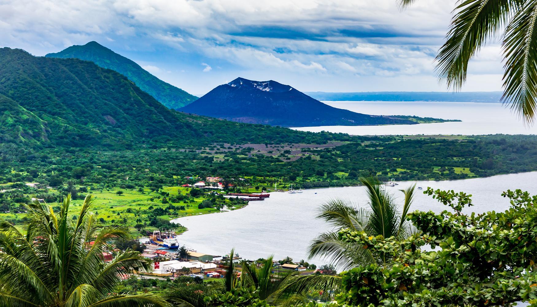 Hyrbilar på Rabaul Tokua flygplats