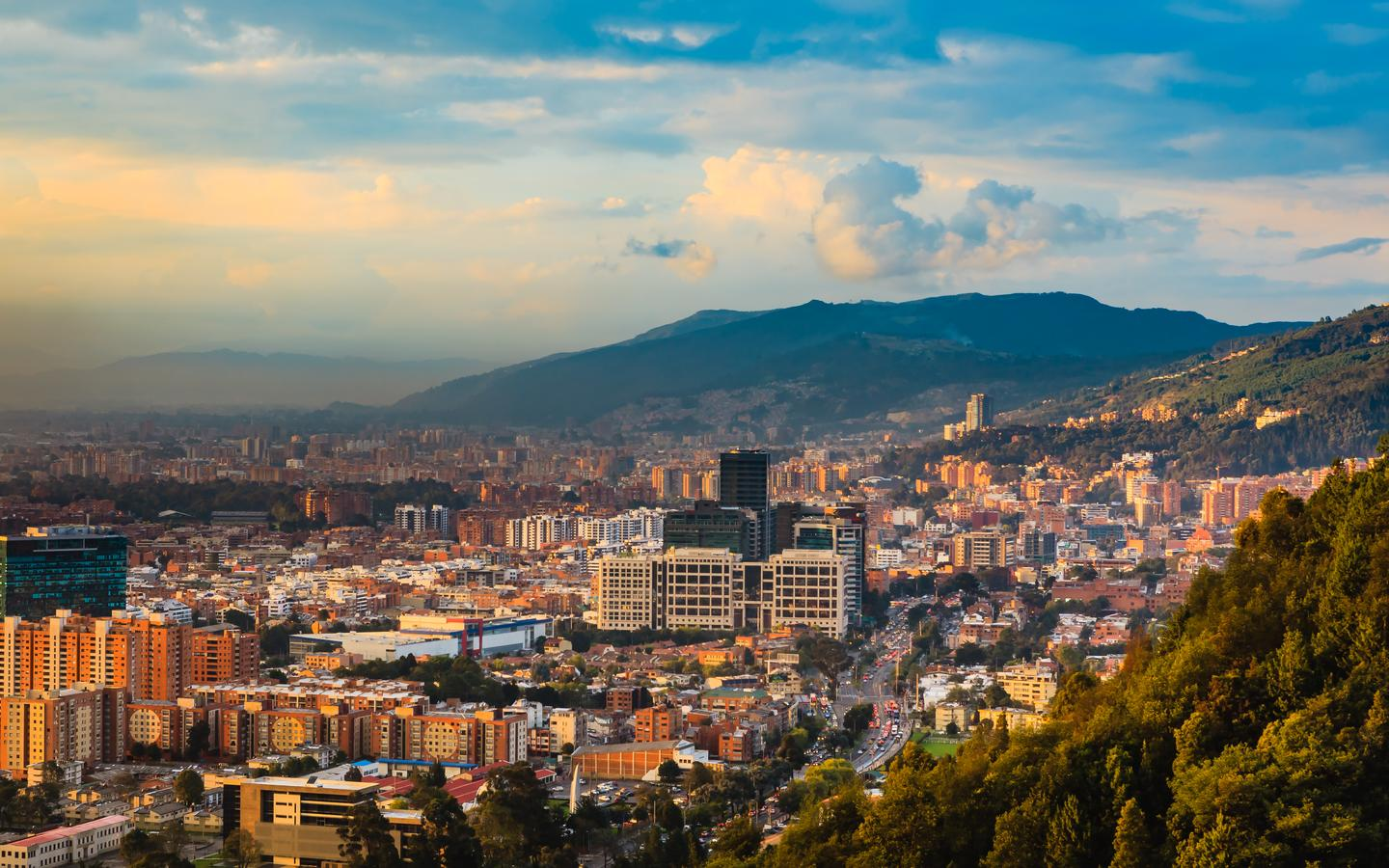 Cheap Flights from Miami to Bogotá from $258 | (MIA - BOG) - KAYAK