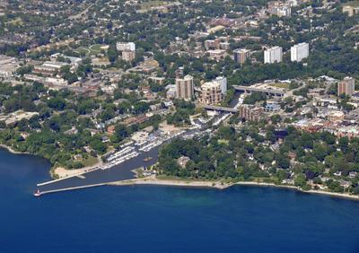 Oakville hotels