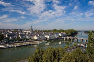 Angers hotels