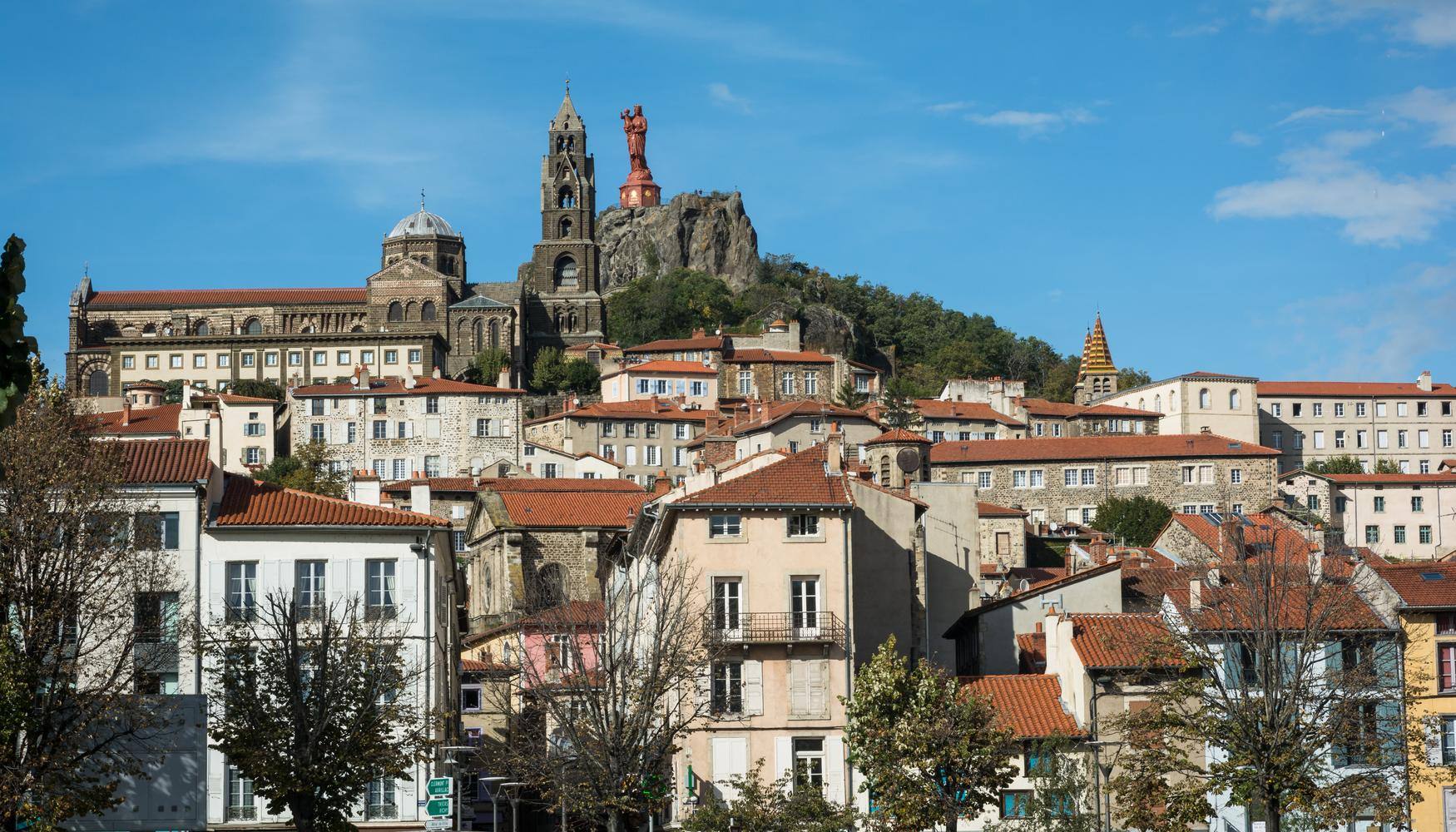 Car rental at Le-Puy-en-Velay Loudes Airport