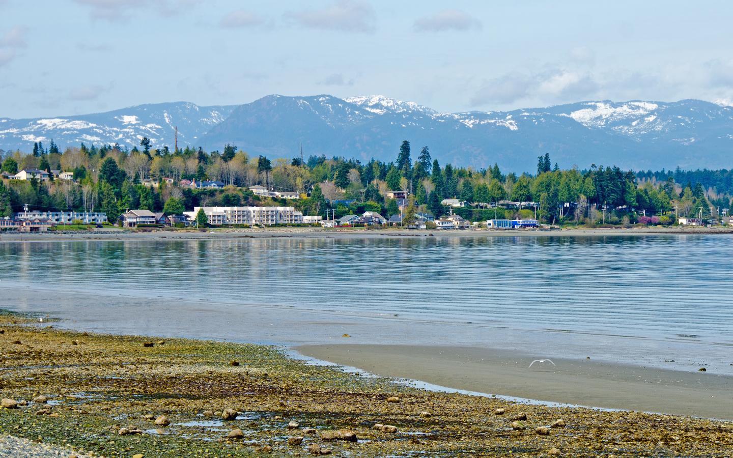 Qualicum Beach hotels