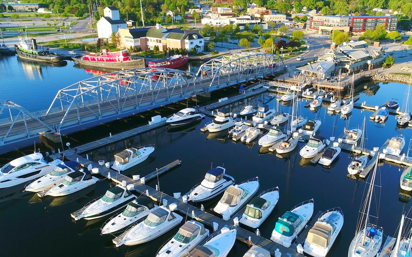Sturgeon Bay hotels