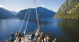 Milford Sound BBQ Experience full day from Queenstown