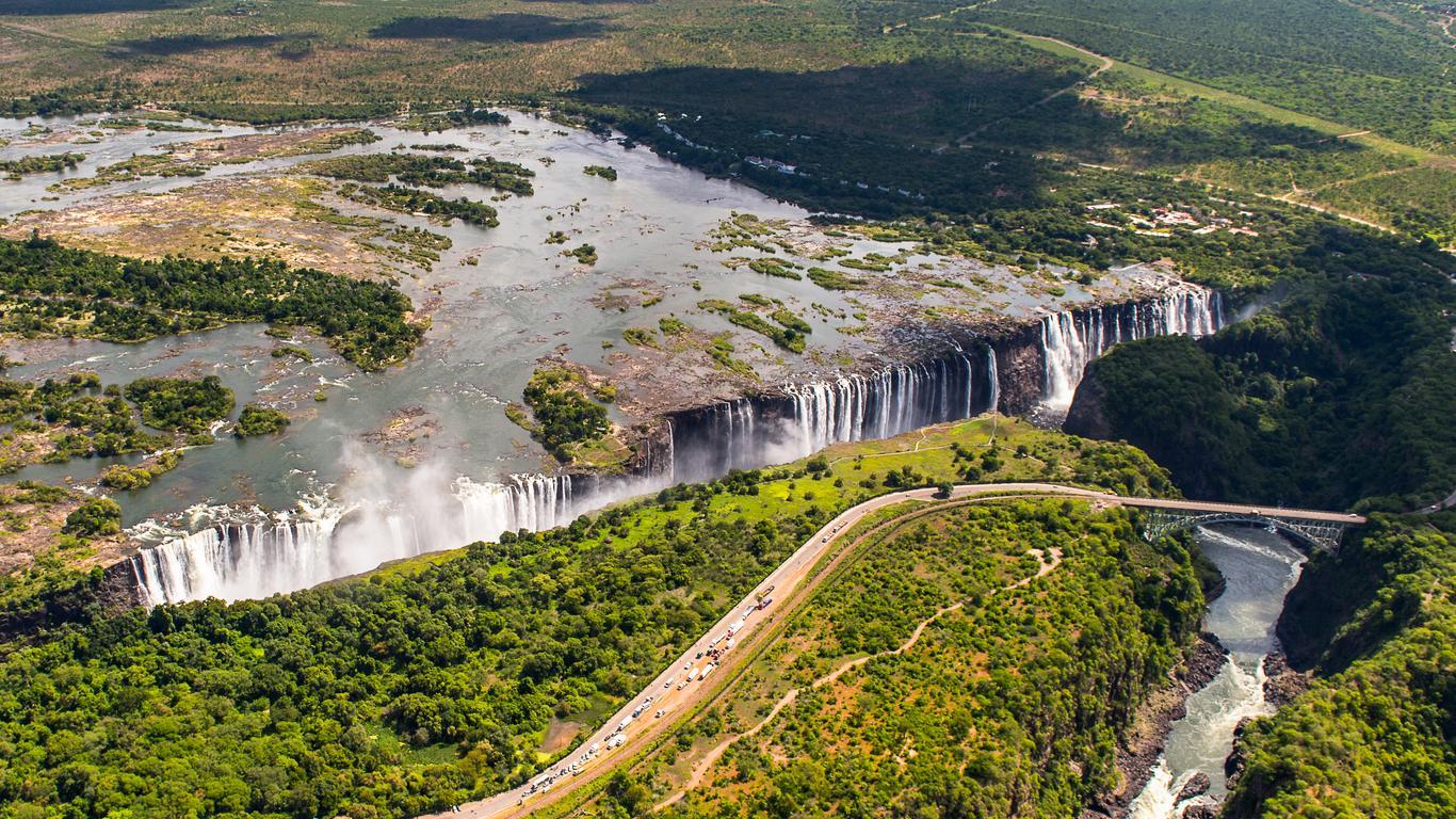 Victoria Falls car hire