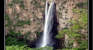 Horsetail Falls Full-Day Tour from Monterrey