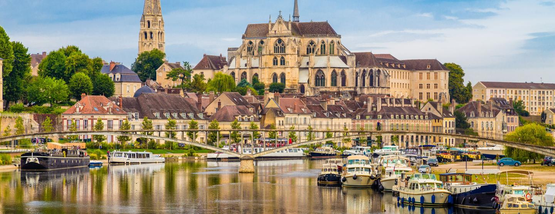 Autonvuokraus Auxerre
