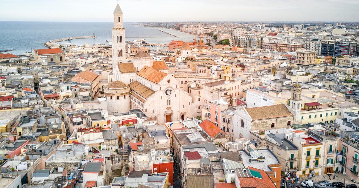 Cheap Flights From London To Bari From 163 34 Lon Bri