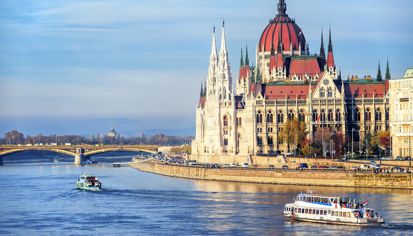 Car hire at Budapest Ferenc Liszt Intl Airport