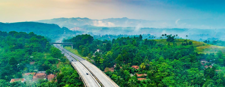 Autonvuokraukset Bandung Husein Sastranegara lentokenttä