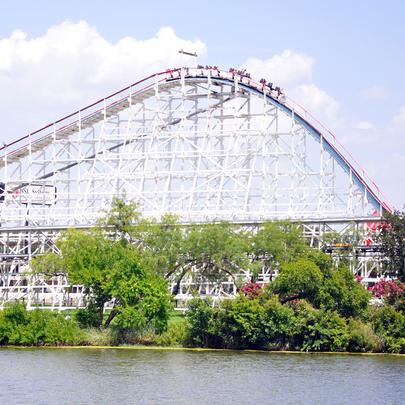Six Flags Over Texas