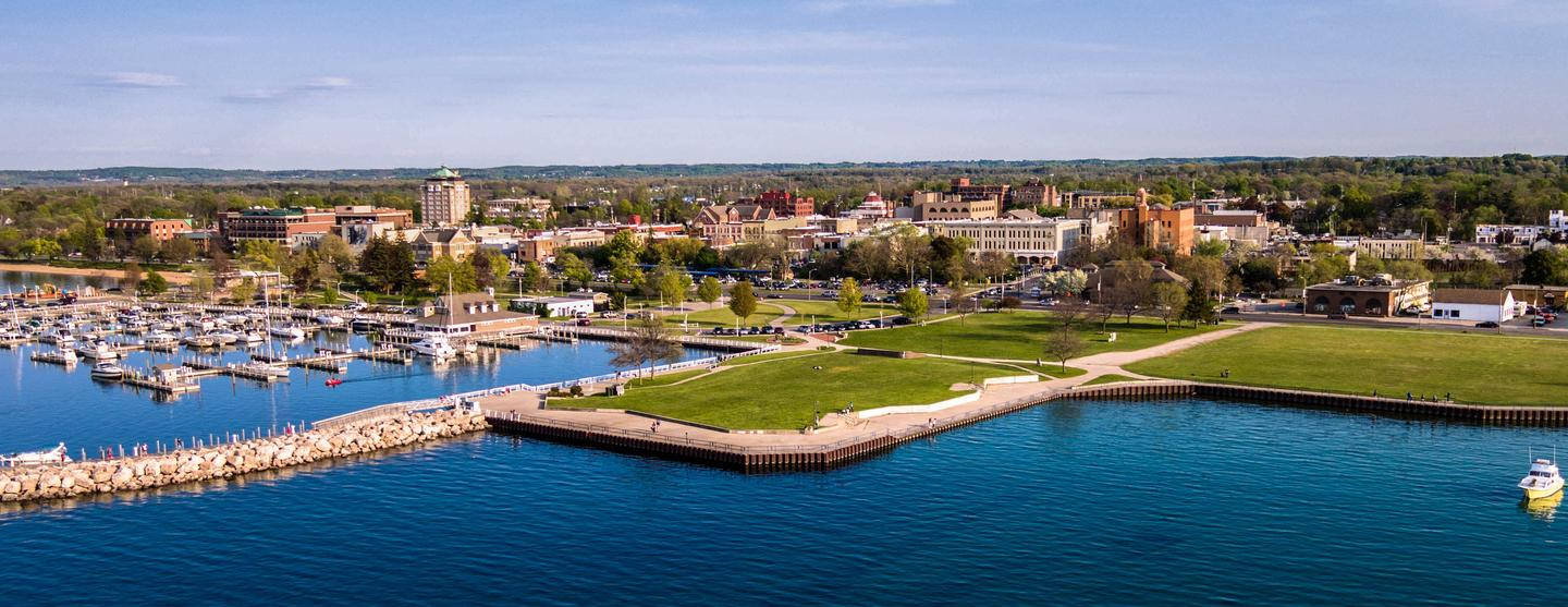 Traverse City budget hotels