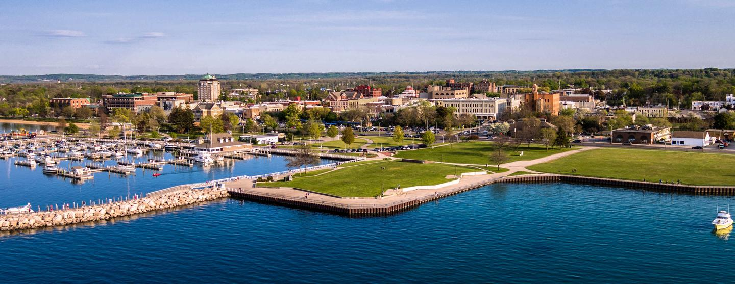 Traverse City Car Hire