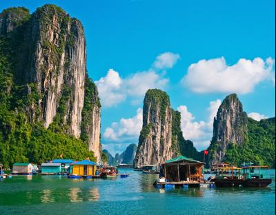 Khách sạn ở Hạ Long