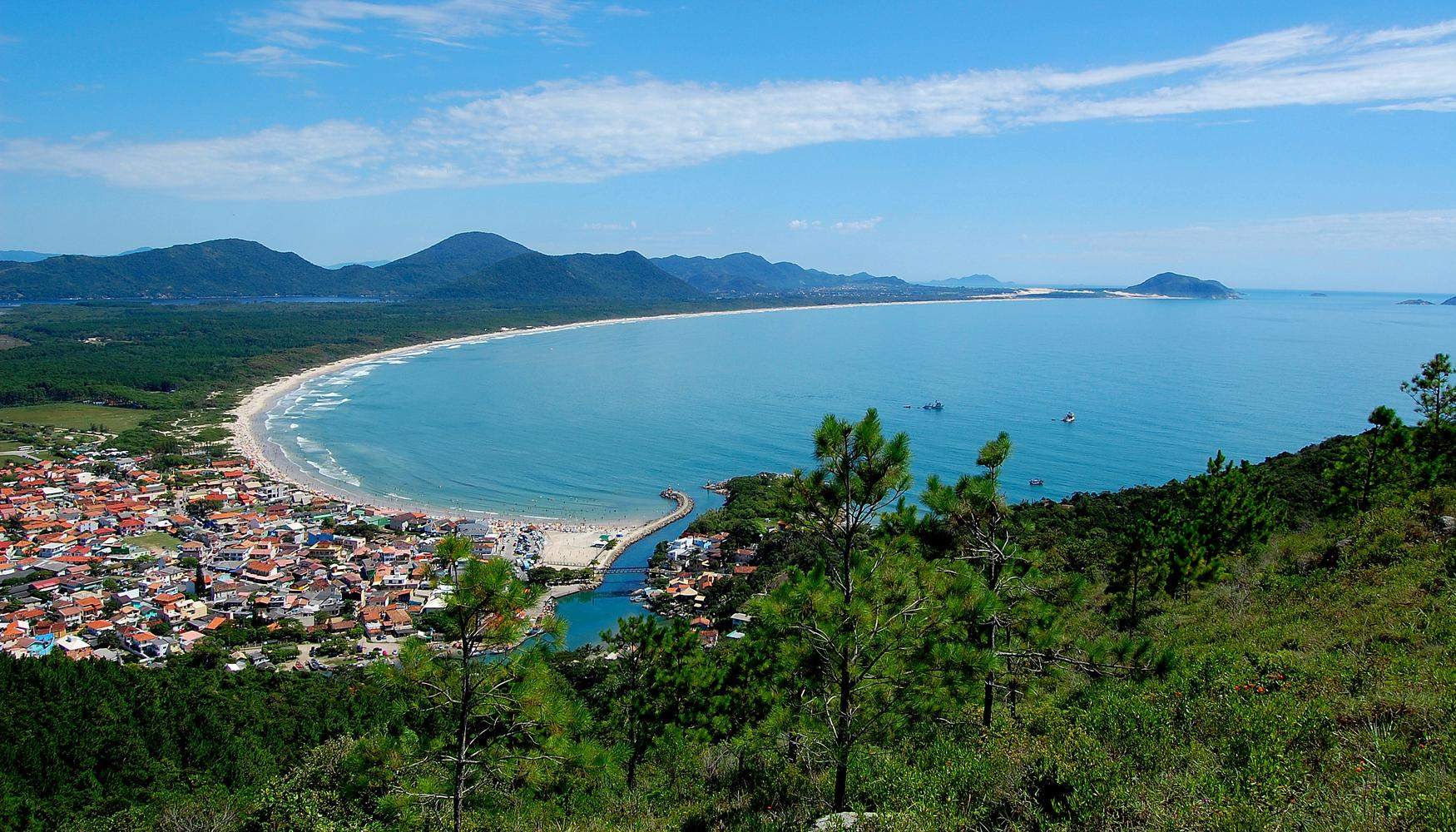 Car hire at Florianopolis Hercilio Luz Airport