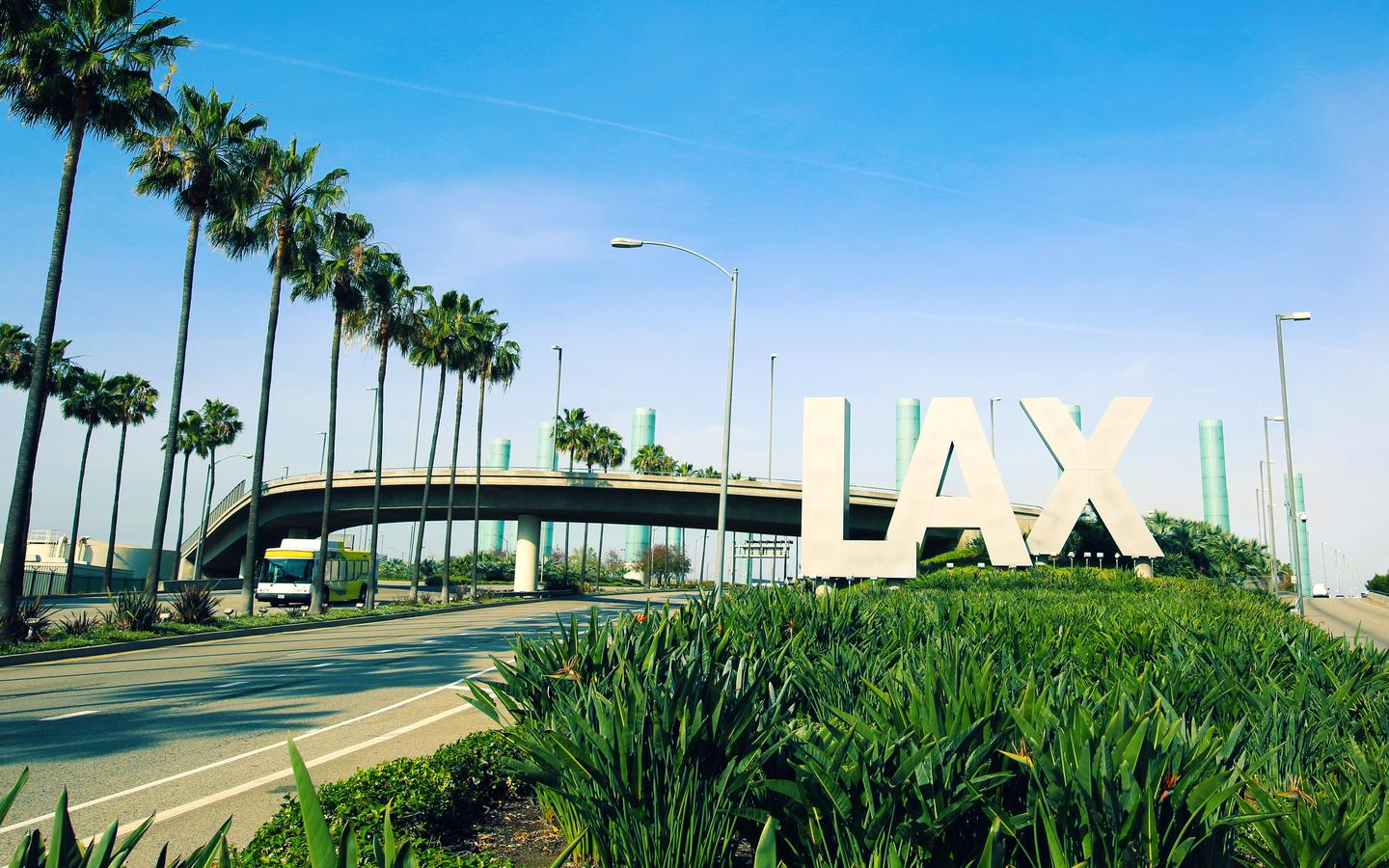 Cheap Flights from San Francisco to Los Angeles from $87 - KAYAK