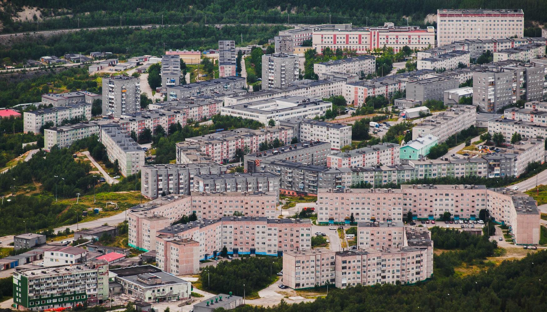 Car hire at Kirovsk Airport