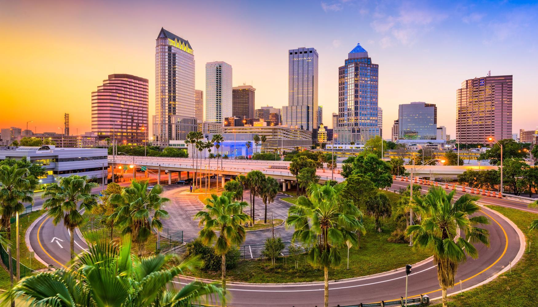 Autonoleggio a Aeroporto di Tampa St. Petersburg