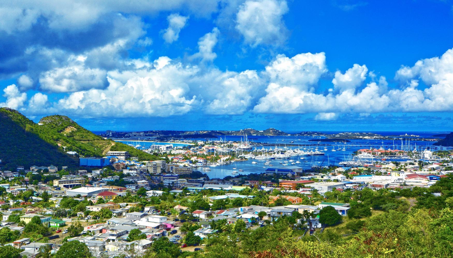 Renta de autos en isla de San Martín