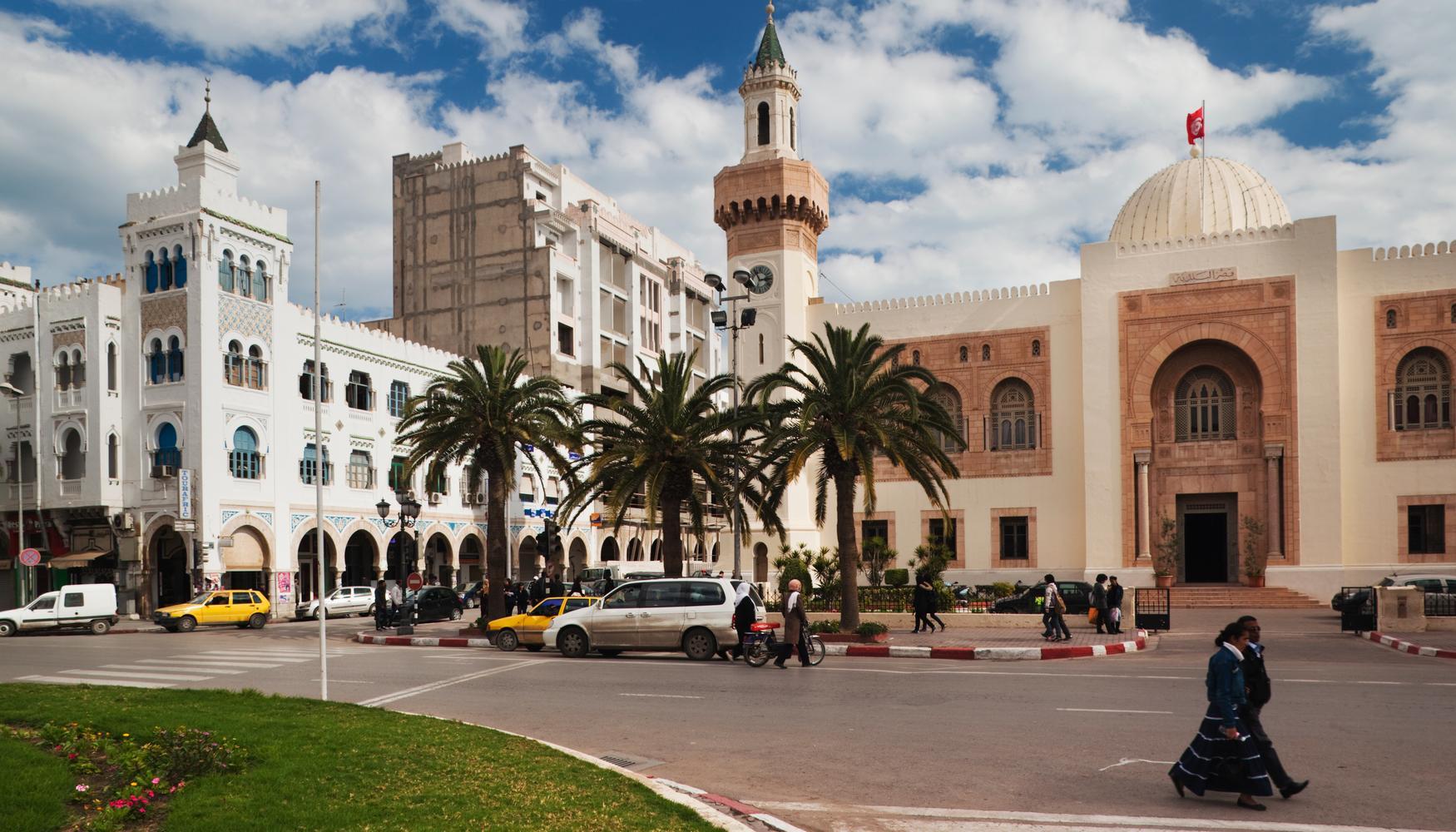 Car hire at Sfax El Maou Airport