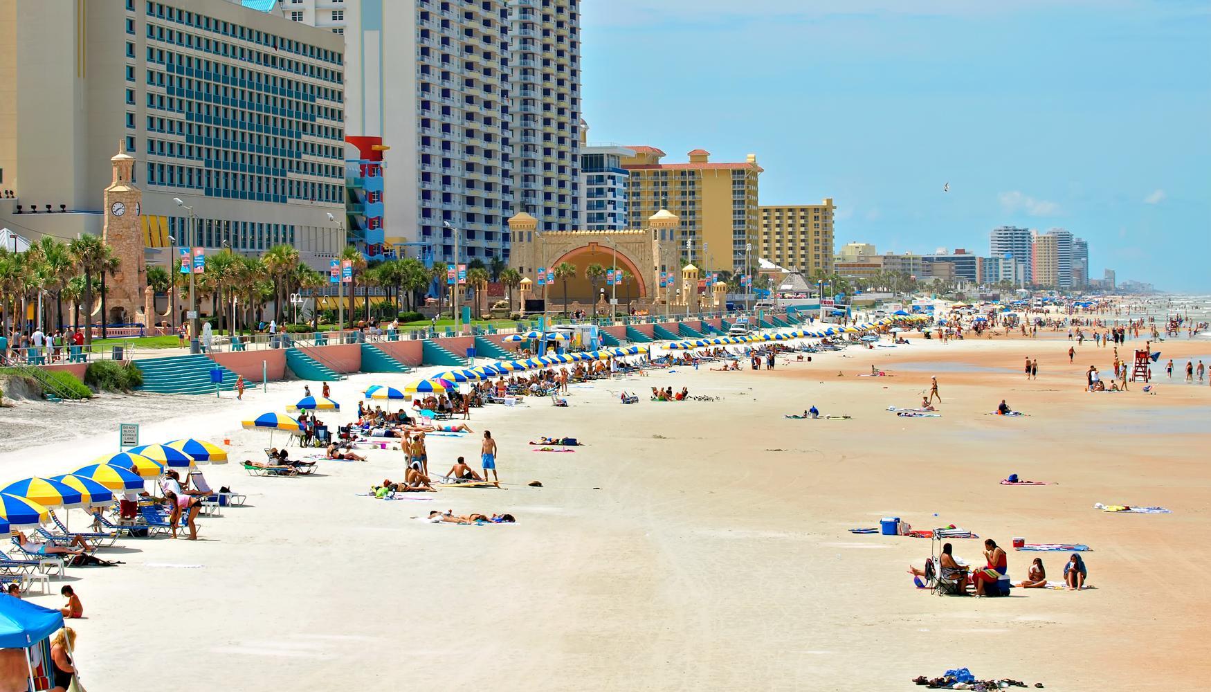 Carros de aluguer em Aeroporto de Daytona Beach