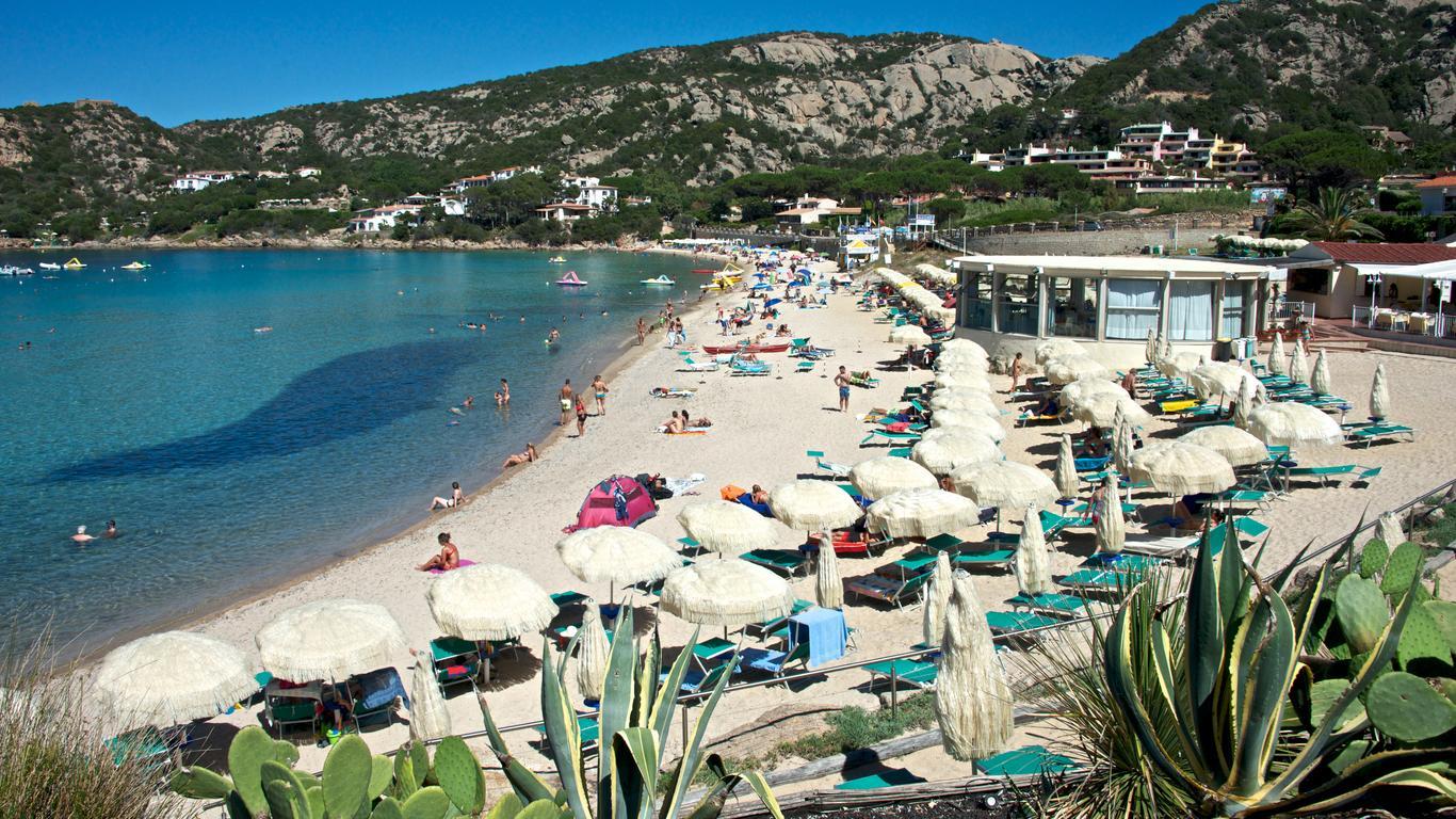 Байя-Сардинія: оренда авто