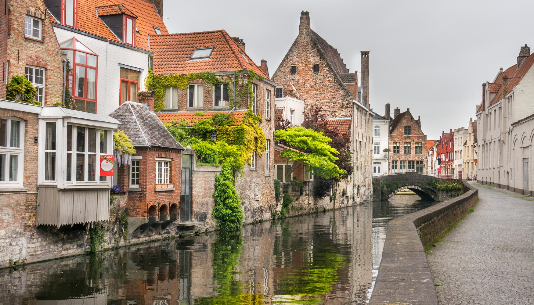 Sewa mobil di Belgia