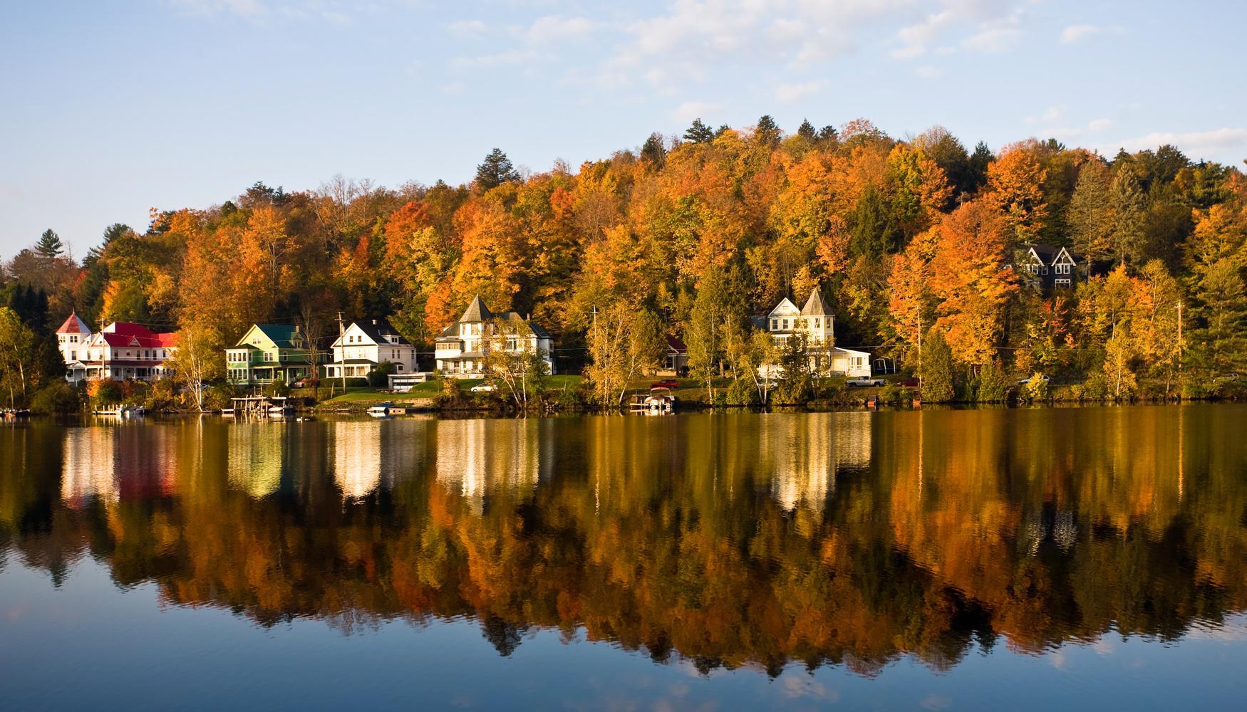 Car hire at Saranac Lake Adirondack Airport