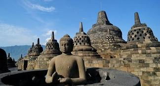 Private Tour: Borobudur and Prambanan Temple from Yogyakarta