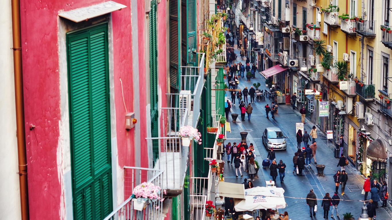 Renta de autos en Nápoles
