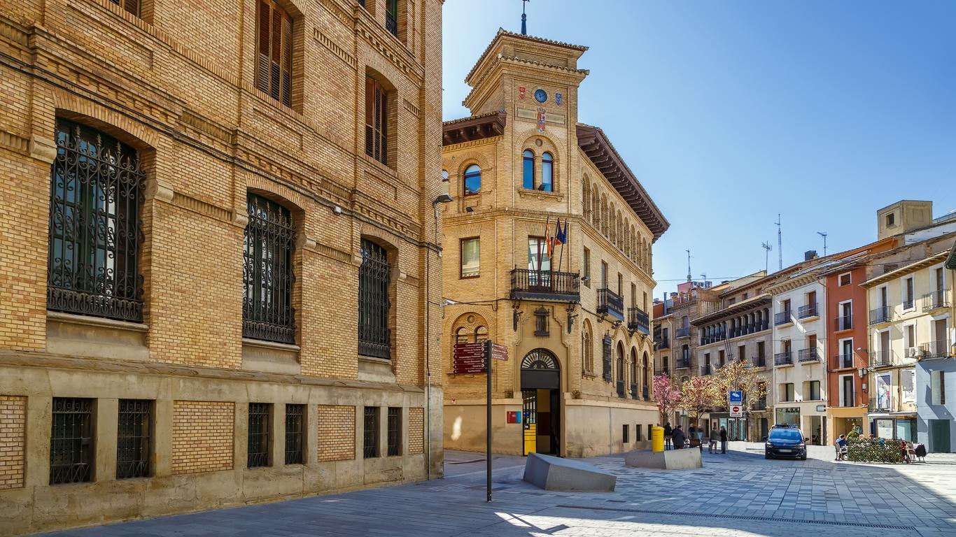 Huesca autoverhuur