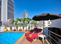 Admiral Suites - Bangkok - Pool