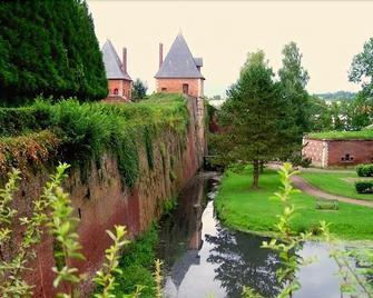 Auberge des Remparts - Péronne - Buiten zicht