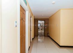 RedDoorz Plus @ Better Living Paranaque - Parañaque - Hallway