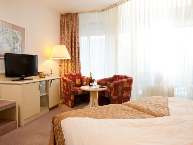 hoteltraube Rüdesheim - Rudesheim am Rhein - Makuuhuone