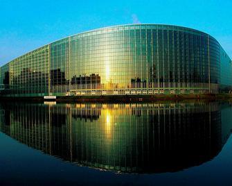 hotelF1 Strasbourg Pont de l'Europe (rénové) - Estrasburgo - Edificio