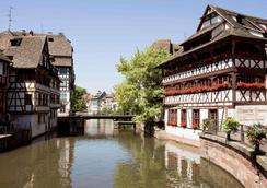 hotelF1 Strasbourg Pont de l'Europe (rénové) - Strasbourg - Näkymät ulkona
