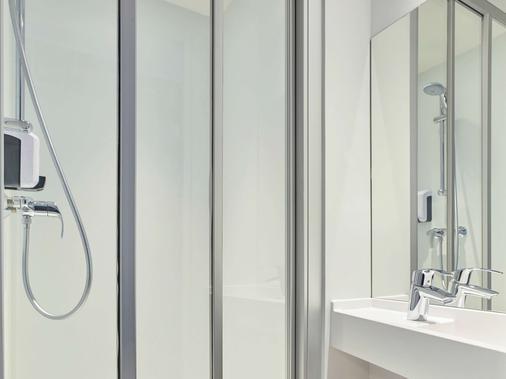hotelF1 Strasbourg Pont de l'Europe (rénové) - Strasbourg - Bathroom