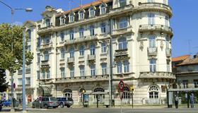 Hotel Astoria - Coimbra - Building