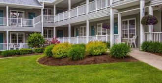 Quality Inn Lake George - Lake George - Rakennus