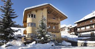 Hotel La Suisse - Livigno - Building