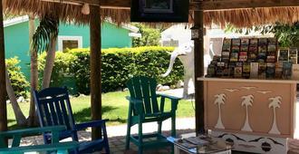 Sunset Cove Beach Resort - Cayo Largo - Patio