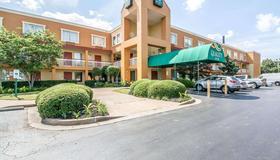 Quality Inn - Jackson - Edificio