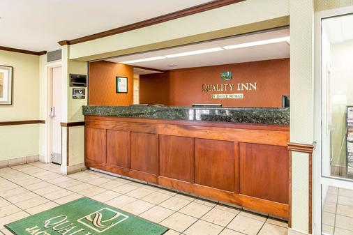 Quality Inn - Jackson - Front desk