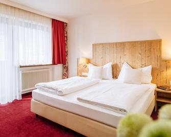 Hotel Kögele - Axams - Schlafzimmer