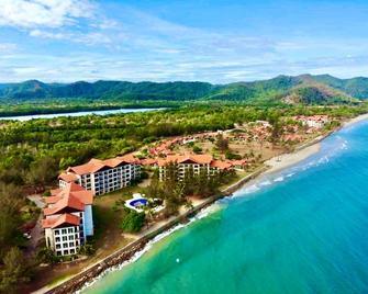 Borneo Beach Villas - Kota Kinabalu - Outdoors view