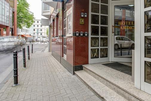 Hotel Arde Köln Zentrum - Köln - Näkymät ulkona