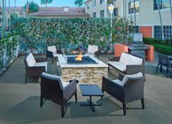Residence Inn by Marriott Fort Lauderdale Weston - Weston - Patio